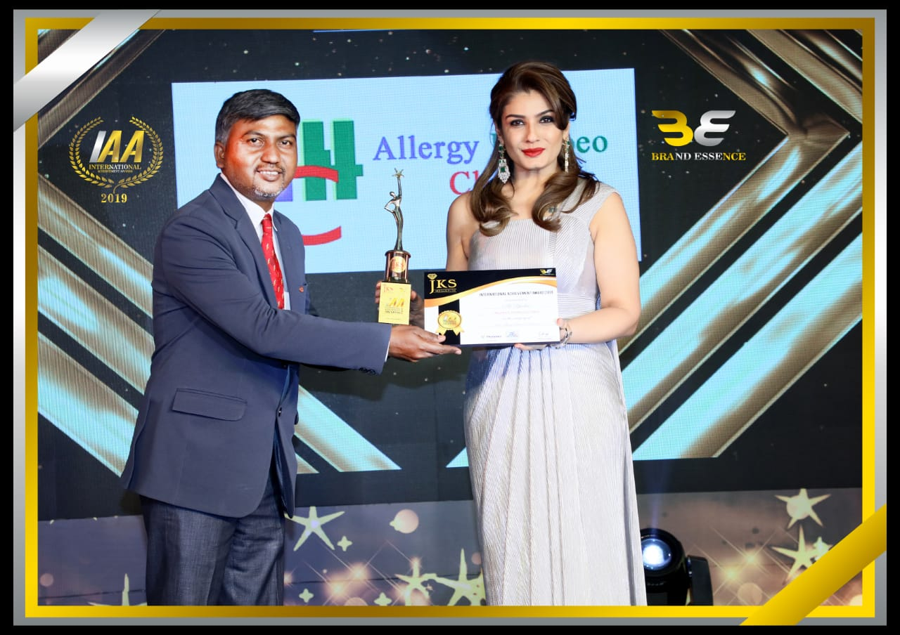 Dr. R.K. Yadav with Raveena Tandon