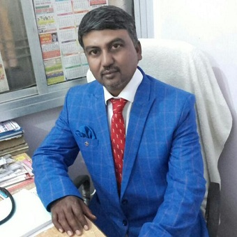 Dr. R.K. Yadav of allergy clinic
